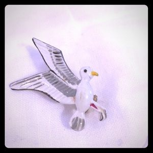 Seagull metal pin marked Korea